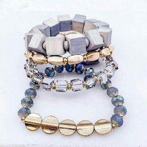 Jewelry - Layered beaded braclet set - BLUE / GOLD